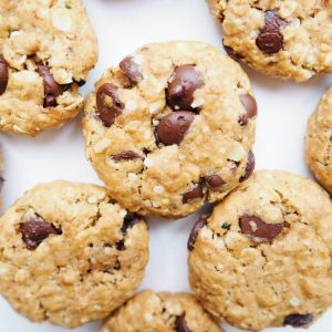 Oatmeal Hemp Chocolate Cookies