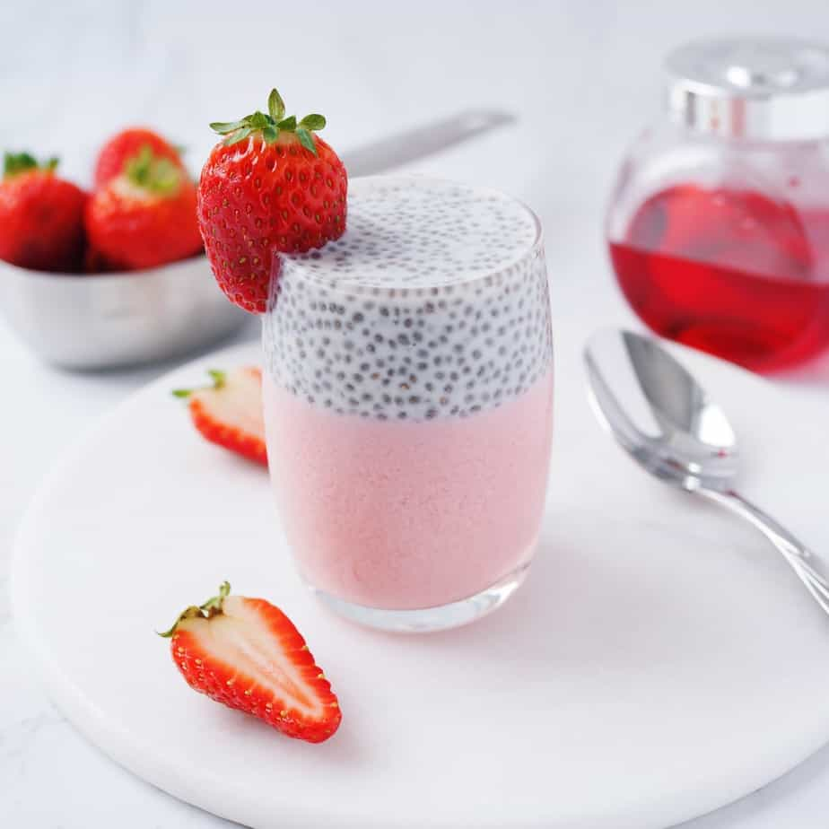 Rose Jelly Chia Pudding