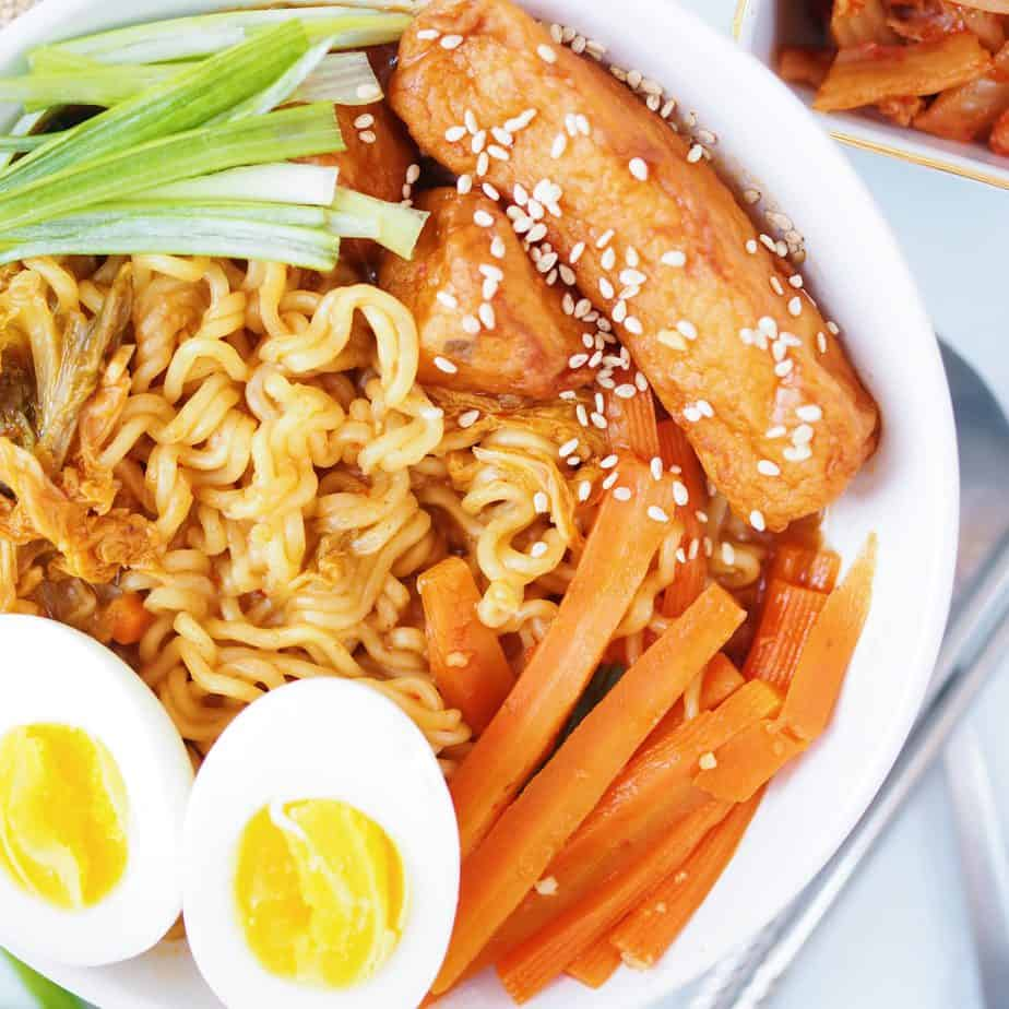 Rabboki Korean Sweet Spicy Ramen