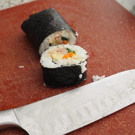 Cut spicy tuna kimbap