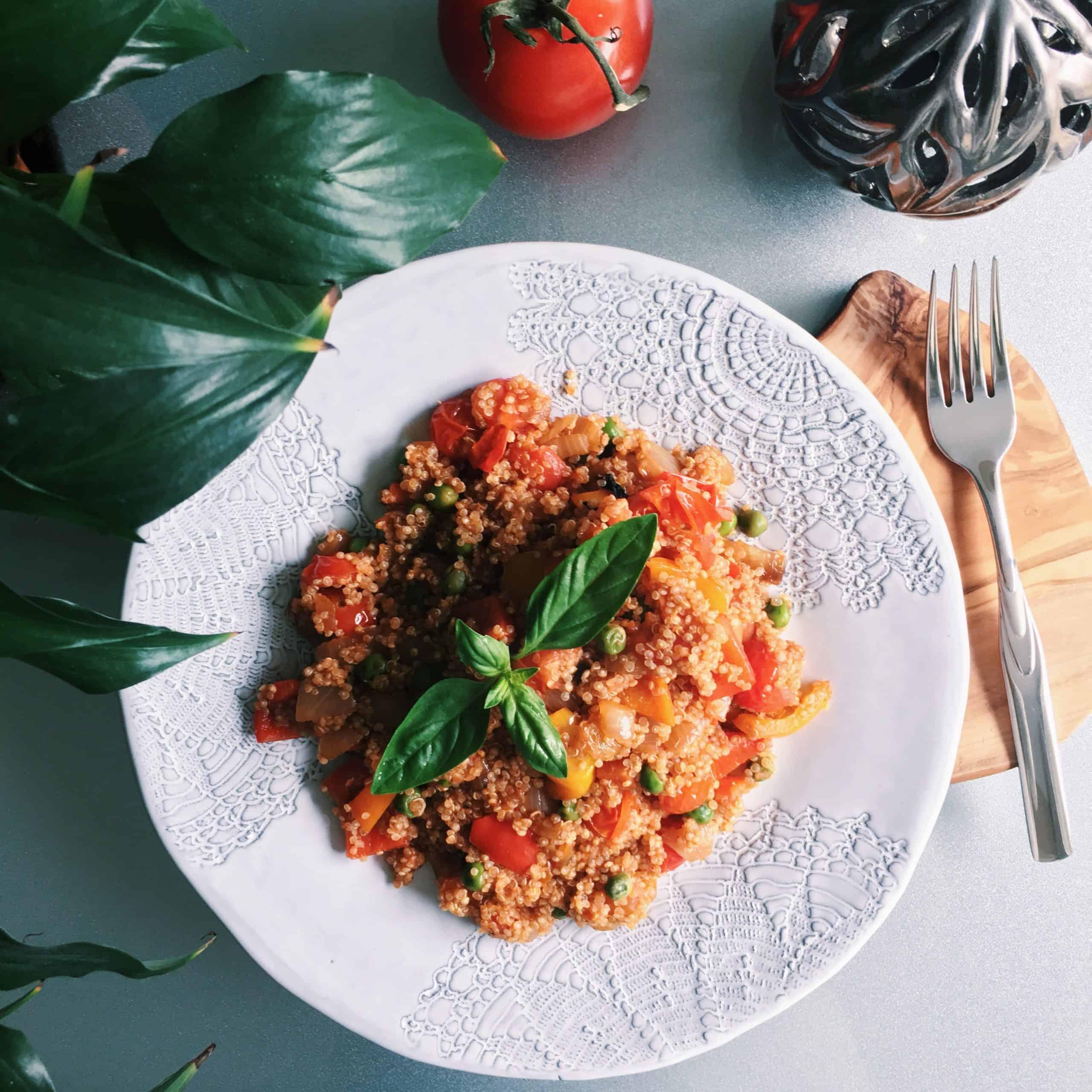 warm pepper tomato quinoa