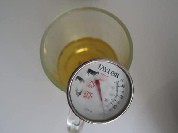 measure temperature of oil