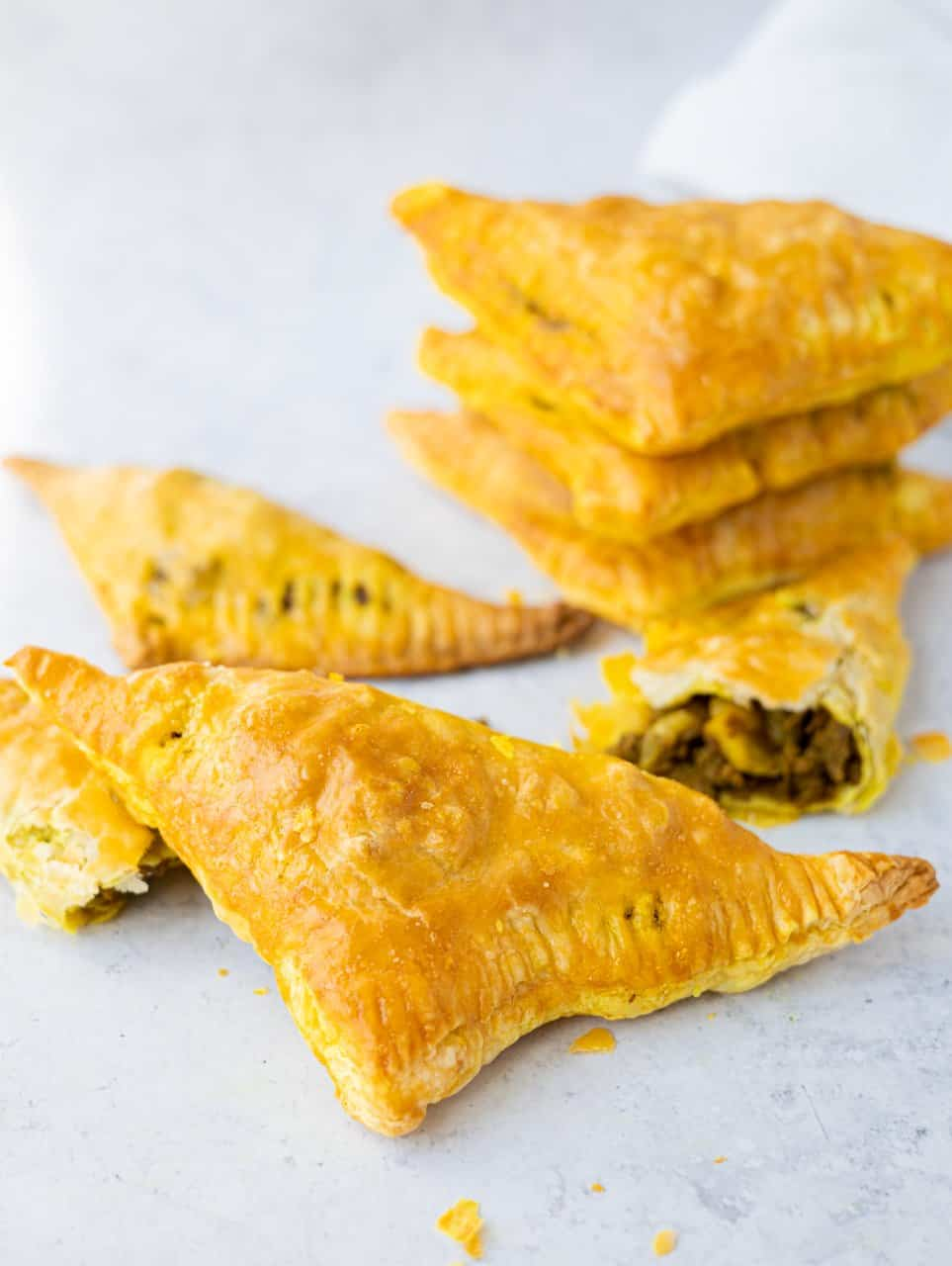 Chinese Curry Beef Puffs